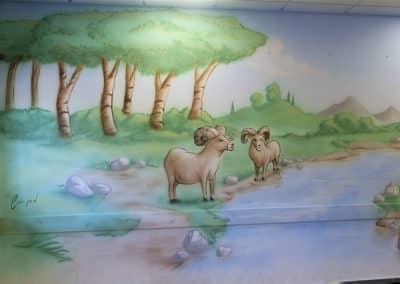 ציור קיר איילים בטבע