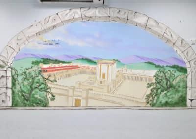 ציור קיר מדהים של בית המקדש נשקף מהחלון