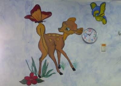 ציורי קיר לגנים - במבי עם פרפר