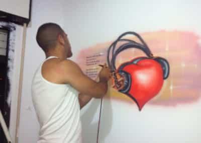 ציור גרפיטי של מוזיקה