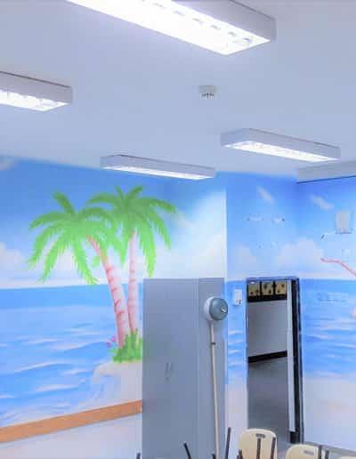 ציור קיר מרגיע ציור של חוף ים בהוואי