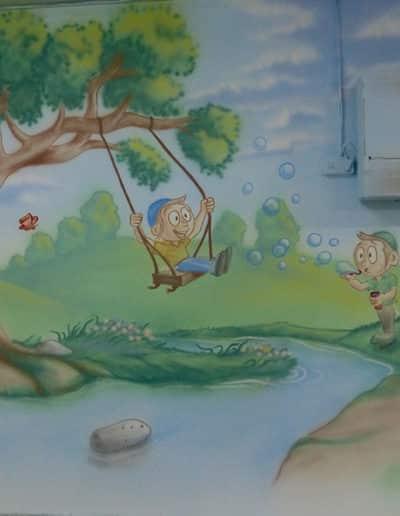 ציור קיר לילדים - ילדים משחקים עם רקע קסום