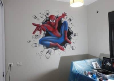 ציור קיר של ספיידרמן